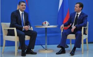 Медведев - глава Армении