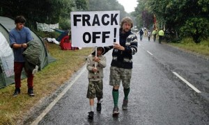 Anti-fracking-protesters-008