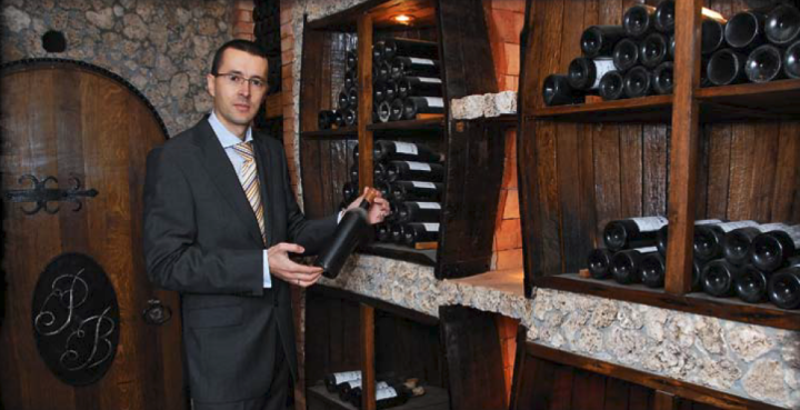Коллекционер Кэлин Коржан раскрыл подробности о своей винной коллекции