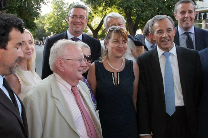 Французская делегация во время прогулки по Симферополю. РИА Новости