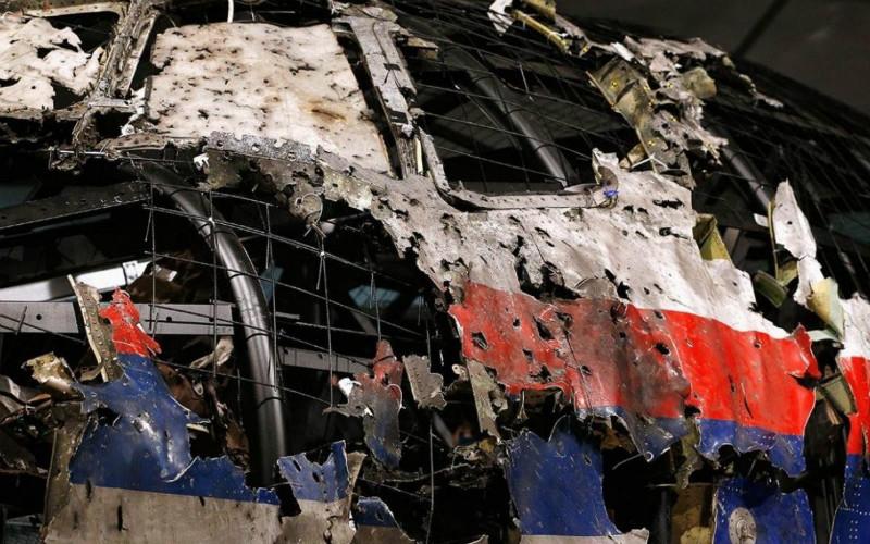 Кабина малайзийского «Боинга» после катастрофы