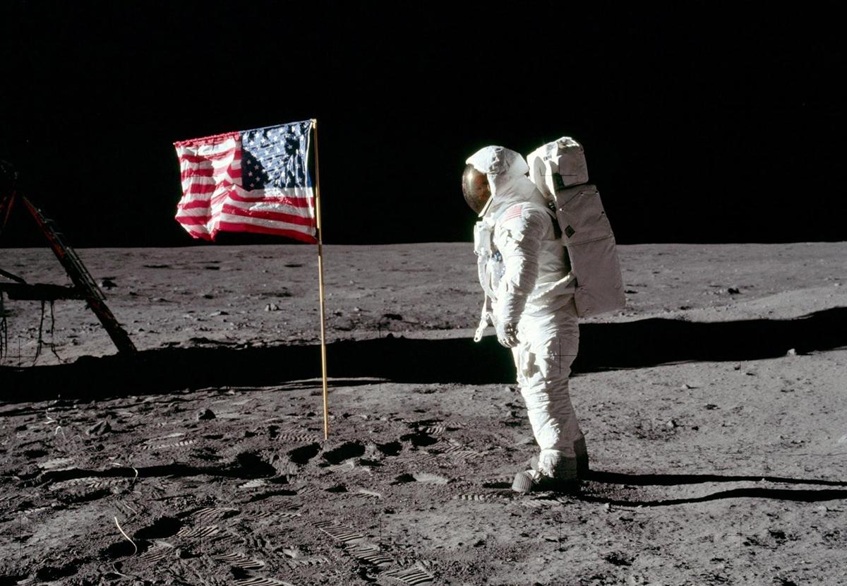 США хотят вернуться на Луну?