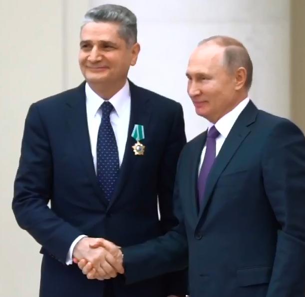 Председатель Коллегии ЕЭК Тигран Саркисян награжден орденом Дружбы