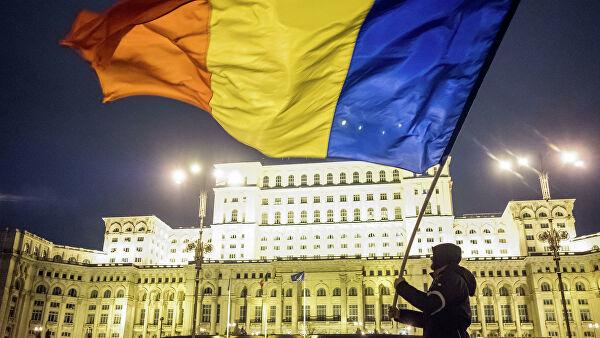 Президент Румынии попросил премьера Орбана заново сформировать правительство