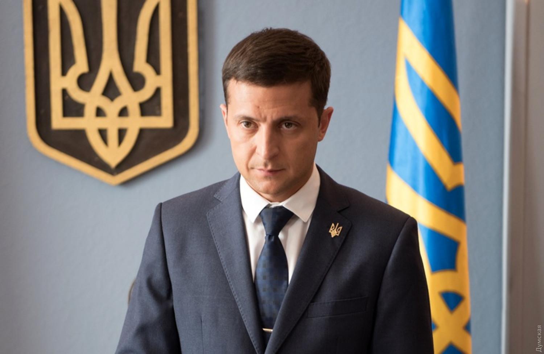 Президент Украины Владимир Зеленский перенес призыв на срочную службу из-за коронавируса