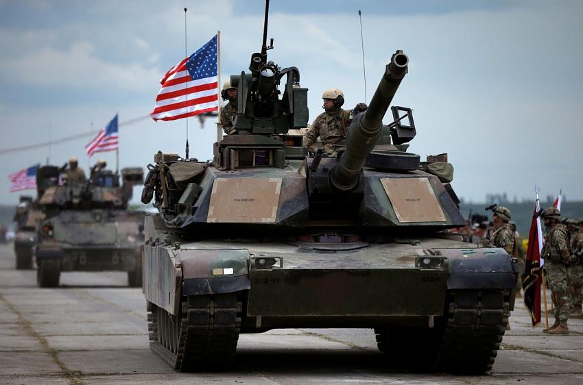 Бригады США закрепляются у границ Бригады США закрепляются у границ России и Беларуси