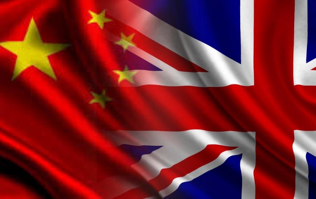 Лондон отказался от хороших отношений с Китаем под давлением США