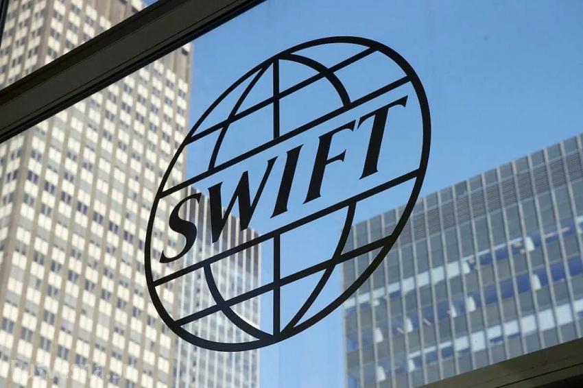Отключение России от SWIFT ударит по США